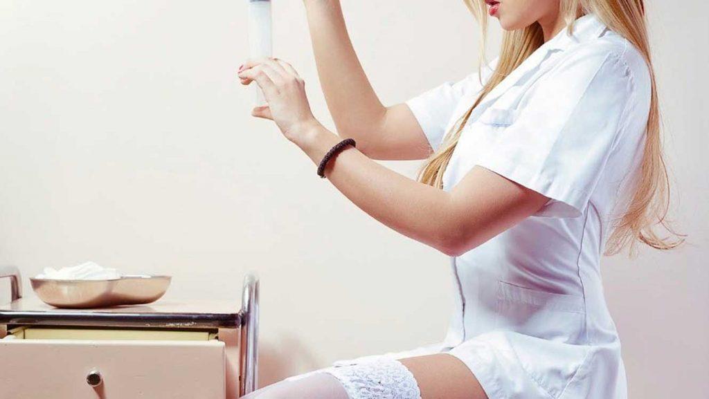 disfraz sexual enfermera 2